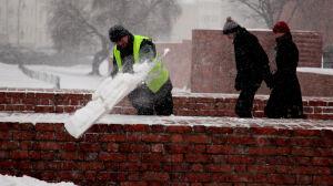 Warszawa budzi się pod śniegiem